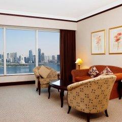 Отель Hilton Sharjah ОАЭ, Шарджа - 10 отзывов об отеле, цены и фото номеров - забронировать отель Hilton Sharjah онлайн комната для гостей фото 2