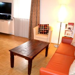 Отель Easyapartments Altstadt 1 Зальцбург комната для гостей фото 3