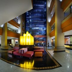 Отель AVANI Atrium Bangkok Таиланд, Бангкок - 4 отзыва об отеле, цены и фото номеров - забронировать отель AVANI Atrium Bangkok онлайн интерьер отеля фото 3