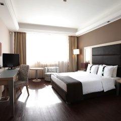 Отель Holiday Inn Belgrade сейф в номере