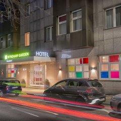 Отель Wyndham Garden Düsseldorf City Centre Königsallee Германия, Дюссельдорф - отзывы, цены и фото номеров - забронировать отель Wyndham Garden Düsseldorf City Centre Königsallee онлайн вид на фасад