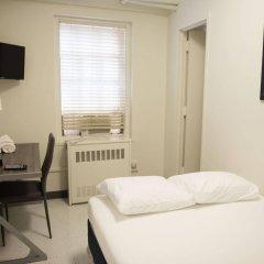 Отель West Side YMCA комната для гостей фото 3