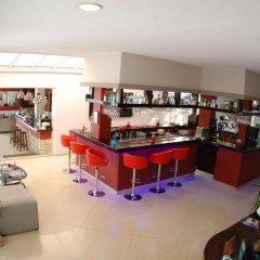 Hotel El Pozo гостиничный бар