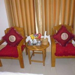 Отель Golden Kinnara Hotel Мьянма, Лашио - отзывы, цены и фото номеров - забронировать отель Golden Kinnara Hotel онлайн комната для гостей