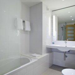 Отель Novotel London Excel ванная фото 2