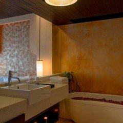 Отель Chanalai Romantica Resort Kata Beach - Adult Only ванная фото 2