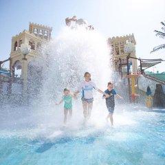 Отель Park Inn by Radisson, Abu Dhabi Yas Island бассейн фото 2