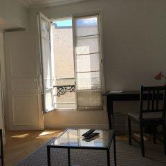Апартаменты Charming 1 Bedroom Apartment With Balcony комната для гостей фото 2