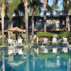 Отель Valley Inn США, Лос-Анджелес - отзывы, цены и фото номеров - забронировать отель Valley Inn онлайн бассейн фото 3