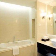 Отель La Sapinette Hotel Вьетнам, Далат - отзывы, цены и фото номеров - забронировать отель La Sapinette Hotel онлайн ванная