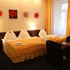 Отель Royal Plaza комната для гостей фото 6