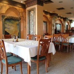 Отель Kamenec - Kiten Болгария, Китен - отзывы, цены и фото номеров - забронировать отель Kamenec - Kiten онлайн питание фото 2
