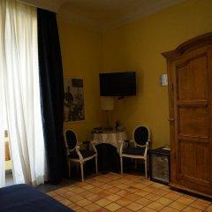 Hotel Cairoli удобства в номере