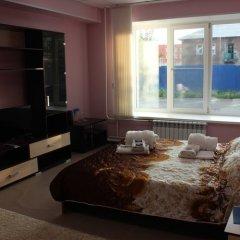 Гостиница Guris в Красноярске отзывы, цены и фото номеров - забронировать гостиницу Guris онлайн Красноярск комната для гостей фото 5