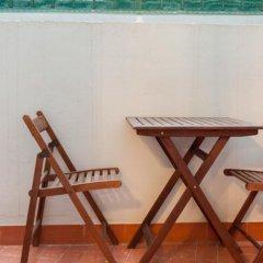 Отель B&B Habitaciones Barra89 бассейн