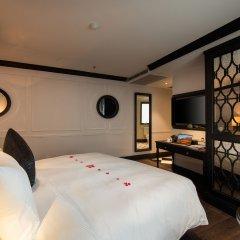 O'Gallery Majestic Hotel & Spa сейф в номере