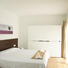 Adia Hotel Cunit Playa сейф в номере