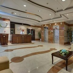 Отель Tulip Inn Al Qusais Dubai Suites интерьер отеля