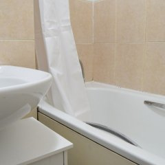 Отель 1 Bedroom Flat in Hoxton ванная фото 2