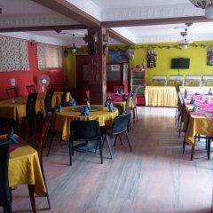 Отель Amar Hotel Непал, Катманду - отзывы, цены и фото номеров - забронировать отель Amar Hotel онлайн питание