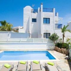 Отель Villa Saint Nikolas Кипр, Протарас - отзывы, цены и фото номеров - забронировать отель Villa Saint Nikolas онлайн бассейн фото 2