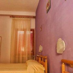 Hotel Centrale Лорето сейф в номере