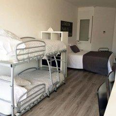 Отель Aparthotel Atenea Calabria Испания, Барселона - 12 отзывов об отеле, цены и фото номеров - забронировать отель Aparthotel Atenea Calabria онлайн удобства в номере