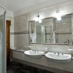 Отель Pierre Италия, Флоренция - отзывы, цены и фото номеров - забронировать отель Pierre онлайн ванная фото 2