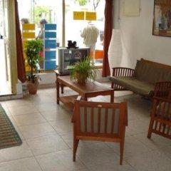 Отель Pensión Santa Fe Испания, Фуэнхирола - отзывы, цены и фото номеров - забронировать отель Pensión Santa Fe онлайн интерьер отеля фото 2