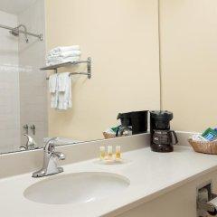 Отель Days Inn Columbus Airport США, Колумбус - отзывы, цены и фото номеров - забронировать отель Days Inn Columbus Airport онлайн ванная фото 2