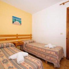 Отель Bungalows Ses Malvas Испания, Кала-эн-Бланес - 1 отзыв об отеле, цены и фото номеров - забронировать отель Bungalows Ses Malvas онлайн детские мероприятия