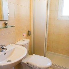 Отель Villa Soraya 2 Кипр, Протарас - отзывы, цены и фото номеров - забронировать отель Villa Soraya 2 онлайн ванная