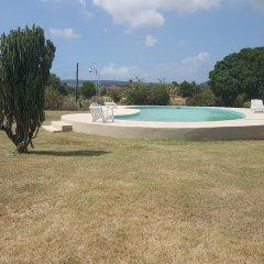 Отель Sandune Cottage Треже-Бич бассейн