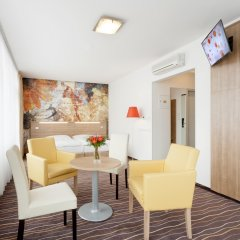 Akcent hotel комната для гостей