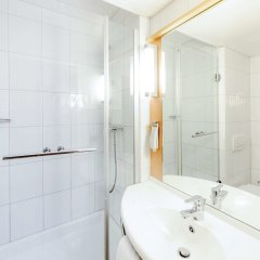 Отель ibis Zurich City West ванная фото 2