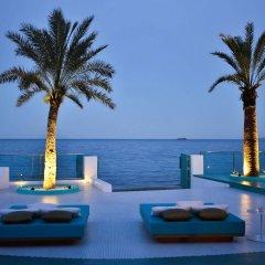 Отель Dorado Ibiza Suites - Adults Only Испания, Сант Джордин де Сес Салинес - отзывы, цены и фото номеров - забронировать отель Dorado Ibiza Suites - Adults Only онлайн бассейн