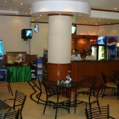 Rush Inn Hotel гостиничный бар