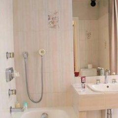 Отель Lyon Bastille Франция, Париж - отзывы, цены и фото номеров - забронировать отель Lyon Bastille онлайн ванная фото 2