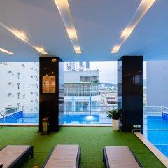 Отель Red Sun Nha Trang Hotel Вьетнам, Нячанг - отзывы, цены и фото номеров - забронировать отель Red Sun Nha Trang Hotel онлайн бассейн фото 2