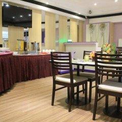 Отель Executive Plaza Hotel Филиппины, Манила - отзывы, цены и фото номеров - забронировать отель Executive Plaza Hotel онлайн питание фото 3