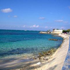 Отель Chatham Cottage Ямайка, Монтего-Бей - отзывы, цены и фото номеров - забронировать отель Chatham Cottage онлайн пляж