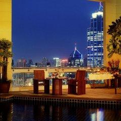 Апартаменты Mayfair, Bangkok - Marriott Executive Apartments бассейн фото 3