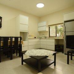 The Garden Apartment Израиль, Назарет - отзывы, цены и фото номеров - забронировать отель The Garden Apartment онлайн комната для гостей фото 3