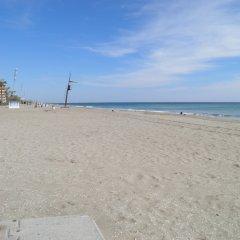 Отель Suitur Atico Playa Dorada Испания, Калафель - отзывы, цены и фото номеров - забронировать отель Suitur Atico Playa Dorada онлайн пляж