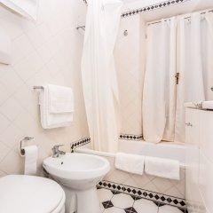 Отель RSH Pantheon Amazing Terrace Италия, Рим - отзывы, цены и фото номеров - забронировать отель RSH Pantheon Amazing Terrace онлайн ванная