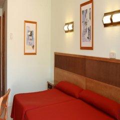 Отель San Carlos Испания, Курорт Росес - отзывы, цены и фото номеров - забронировать отель San Carlos онлайн комната для гостей фото 4
