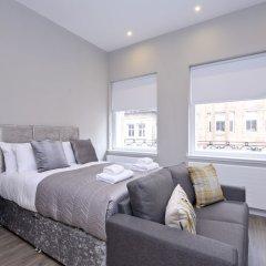 Апартаменты Destiny Scotland Apartments at Nelson Mandela Place комната для гостей фото 3