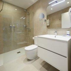 Отель Hondarribia Suites Испания, Фуэнтеррабиа - отзывы, цены и фото номеров - забронировать отель Hondarribia Suites онлайн ванная