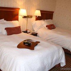 Отель Hampton Inn & Suites Springdale комната для гостей фото 5
