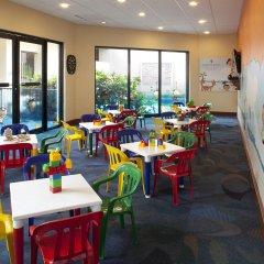 Отель Emporio Cancun детские мероприятия